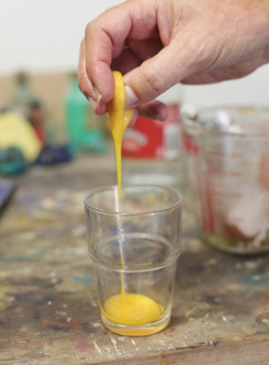 how-to-make-egg-tempera